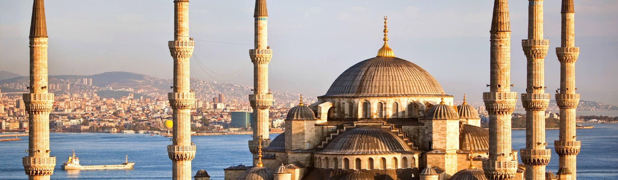 Istanbul pris och sprit lockar svenskar till