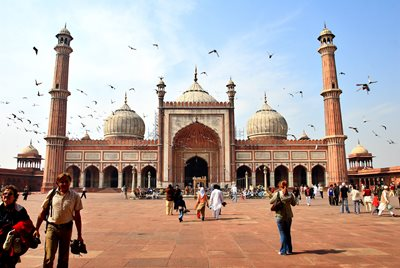 Hinduiskt tempel lag under indisk moske